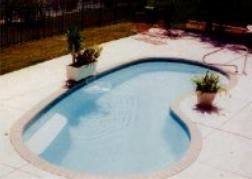 Seaside fiberglass pool, click for this Award entry