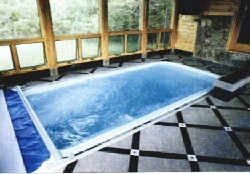 Gulf Breeze fiberglass pool, click for this Award entry