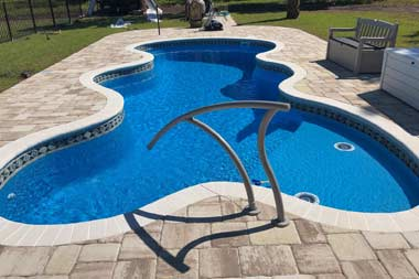 Desert Fals fiberglass swimming pool